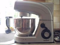 VonShef Stand Mixer - 5.5 Litre, Silver - Flat Beater. Baloon Whisk, Dough Hook & Splash Guard