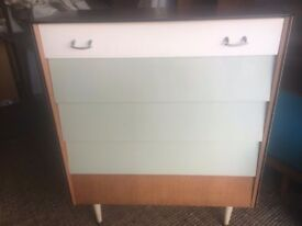 Stunning 5 Drawer Chest of Drawers, Professionally Modernise