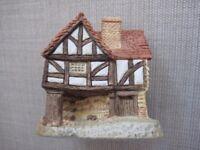 Set of Four 4 x David Winter Lilliput Lane / Cottages - 1980s - VGC