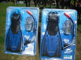 new flippers and goggles set 2 off