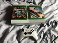 XBOX ONE PLUS 2 GAMES GTA 5 and FORZA