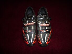 TIME MTB Italian made carbon shoes size 43 (8.5) complete with Shimano cleats