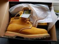 brand nee steel toe cap work boots