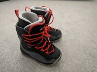 Salomon Talapus Snowboard Boots UK 3