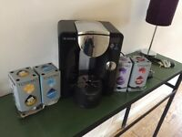 Tassimo coffee machine, hardly used, excellent condition, free pods thrown in