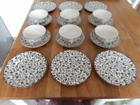 Laura Ashley Susanna Johnson Brothers (6 x Side Plates & 6 x Cups with Saucers)