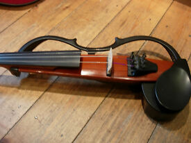 Yamaha electric/silent violin SV120 -excellent top-rated instrument in superb condition,