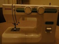 Janome DMX200 Sewing machine little use in excellent condition.