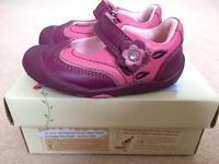 Start rite girls shoes