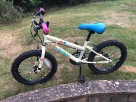 Girl's Bike - age 6/7