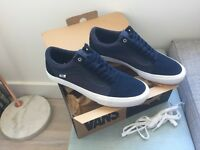 Vans x Dime from Toronto, Canada. Pro skate shoes, blue, white surround, UK 11 #waffleclub