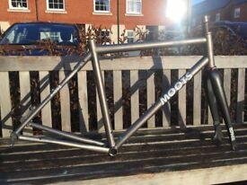 Moots Routt titanium gravel/road frame, Enve forks, Chris King headset, Di2 bike, bicycle, race