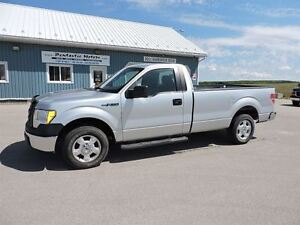 2010 Ford F-150 XL,V8,3 SEATER,LOCAL TRADE !!
