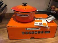 Le creuset saucepan with lid 20 cm volcanic