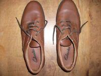 Clarks Mens shoes Size 10