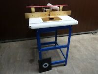 Router Table with Incra Fence and Woodpeckers Unilift System