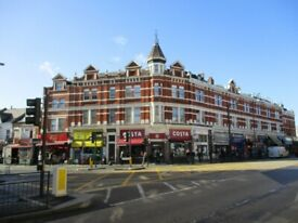 SUPER 1 BEDROOM FLAT NR ZONE 2 TUBE, 24 HR BUSES & TRAIN-10 MINS TO KINGS CROSS. BENEFIT WELCOME!