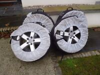 Winter tyres Audi 17'' Very good condition.
