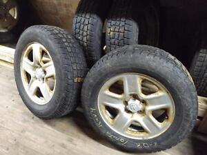 TOYOTA RAV 4  WINTER TIRES AND RIMS FULL SET 17 INCH 225/65R/17 OEM STEEL WHEELS AVALANCHE EXTREME SNOW TIRES