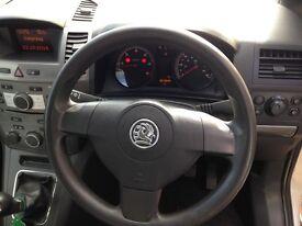 Vauxhall zafira, 1 years mot, diesel, 7 seats, 6 gears