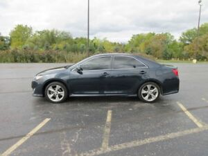 2014 Toyota CAMRY SE FWD