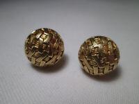 Vintage Pair of 18ct Hallmarked Gold Basket-Weave Stud Earrings. 6.0grms