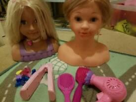 Dolls head x2 and accessories