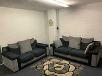 Beautiful grey & black 3&2 delivery 🚚 sofa suite couch furniture