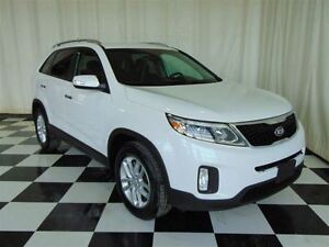 2015 Kia Sorento LX * Heated Seats * 1 Owner Trade *