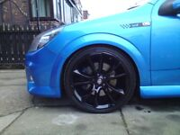 "17"" VAUXHALL VXR ALLOY WHEELS & GOOD TYRES,"