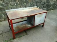 Heavy duty metal work bench