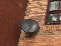 satellite dish with lnb like new for sky freesat sky q