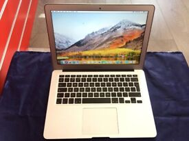 """MACBOOK AIR 13.3"""" 1.7ghz intel i5 4GB RAM 128 SSD-2011-collection from shop E17 9AP-NO OFFER-L909"""