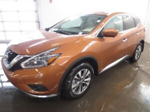 2018 Nissan Murano SL! Leather! Rare color! Save over $5100!