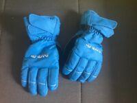 Children's ski gloves aged 8-10