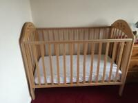 Wooden Cot w Mattress excellent condition