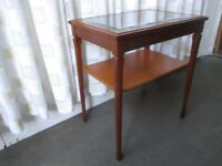 SMALL LEGATE FURNITURE GLASS TOP TWO TIER TABLE SIDE TABLE