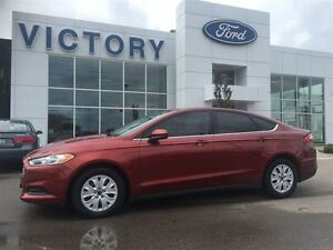 2014 Ford Fusion S Windsor Region Ontario image 1