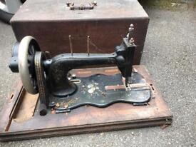Sewing machine vintage shabby chic