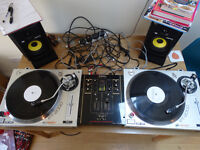 Gemini PT 2000 Turntables with Flight Cases and Technics SH-DX1200 Mixer