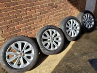 "4x 20"" Range Rover Land Rover Discovery alloy wheels & Pirelli 225/55R20 tyres"
