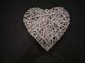 Wicker Heart - Grey