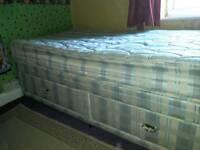Silentnight Dreamworld 'Woburn' single divan bed