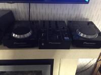 X2 Pioneer CDJ 350's & DJM 350 mixer