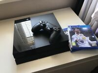 Playstation 4 / PS4 ( 500gb )