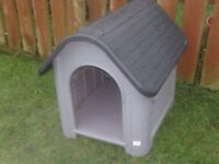 DOG KENNEL PLASTIC TYPE £28