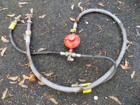 Double propane gas regulator for mobile home