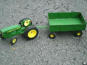 ERTL vintage tractor and trailers
