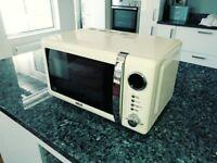 Microwave Oven 700 Watt 20 Litre Capacity