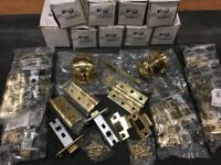 Door Handles x 10 Door Knobs & 8 x Latch Packs Hinges & Latch's